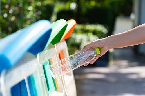 كابسارك ينظم ورشة عمل للاستفادة من الخبرات العالمية في تدوير النفايات البلاستيكية والتقليل من أثرها البيئي